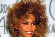La 8 ani de la moartea lui Whitney Houston, rezultatele autopsiei sunt publice! Ce au descoperit medicii pe fața ei