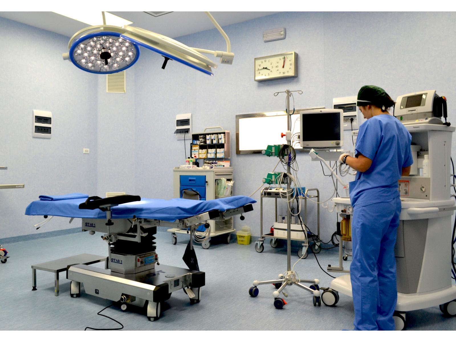 Spitalul Monza - sala_op.jpg