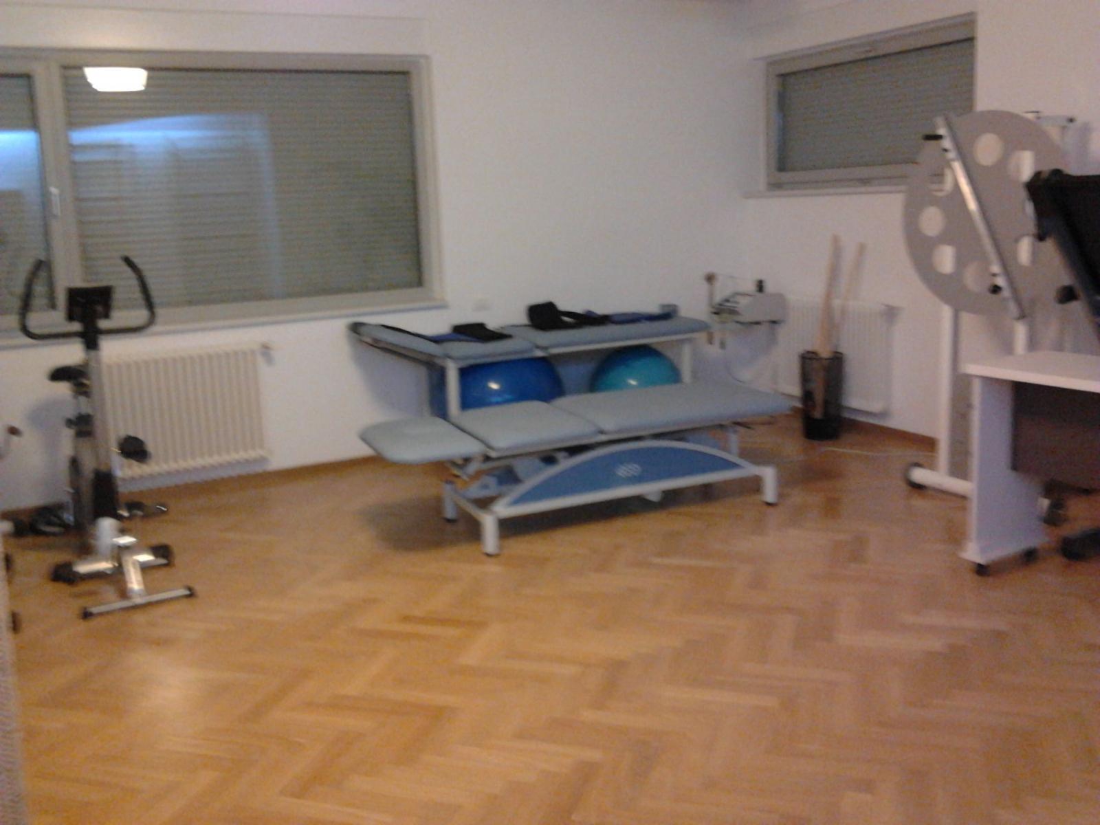 IVAKINETIC - Cabinet Recuperare Medicala - 2012-11-05_22.58.37.jpg