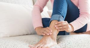 Picioare sau glezne umflate? Care ar putea fi cauzele?